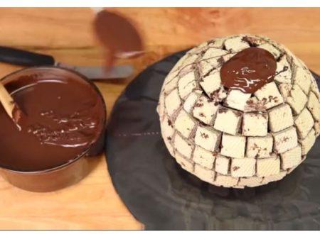 Come realizzare un Ferrero Rocher gigante.