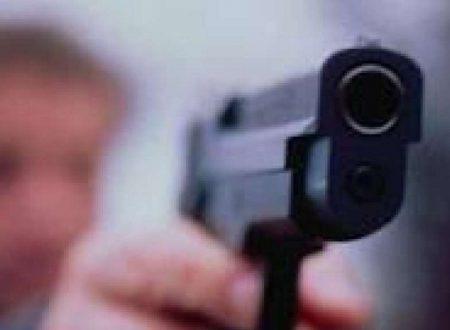 Polizia scambia attori per veri crimiali e li uccide – fatti reali-