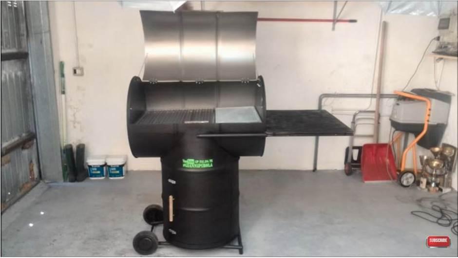 Excellent tutorial come costruire un barbecue con bidoni for Barbecue fai da te in ferro