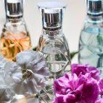 Guida: Come creare profumi fai da te dai fiori.