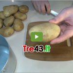 Trucchi Cucina: come sbucciare facilmente le patate bollite.