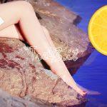 Un limone per gambe più belle, morbide e vellutate.